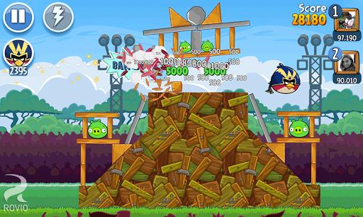 angry-birds-friends-facebook-oyunu-3
