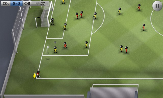 stcikman-soccer-cop-adam-futbolu-3_640x384