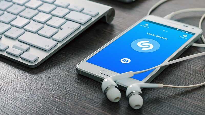 Telefonla Çalan Müziği Bulma Uygulaması