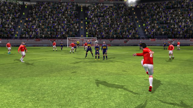 fifa-pes-oyunu-mobil-indir-dream-league-soccer-3